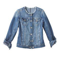 Jeans évasés, lisières effilochées et effet patchwork, le denim se la joue bohème ce printemps.