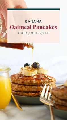 These banana oatmeal pancakes are the perfect weekend breakfast. They're dairy-free, gluten-free, and naturally sweetened with a mashed banana for a deliciously healthy, easy breakfast that you can make any time you're craving a stack! Banana Recipes, Oatmeal Recipes, Milk Recipes, Free Recipes, Veggie Recipes, Vegetarian Recipes, Banana Egg Oat Pancakes, Banana And Egg, Quinoa Pancakes