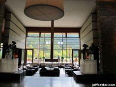 Lounge area at Intercontinental Berchtesgaden Resort