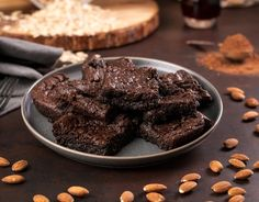 If you don't like decadently fudgy brownies, you need to stay FAR AWAY from these sinfully rich and flourless almond butter brownies! Sweet Potato Brownies Vegan, Healthy Brownies, Healthy Sweet Treats, Healthy Desserts, Eat Healthy, Brownie Recipes, Snack Recipes, Dessert Recipes, Brownie Ingredients