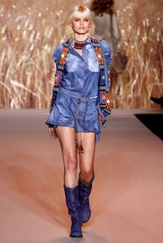 Anna Sui Spring 2011 Ready-to-Wear Fashion Show - Abbey Lee Kershaw