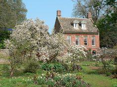 Bog Cottage and garden -