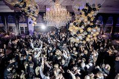 Balloon drop for New Years Eve wedding