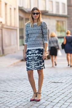Street Style, real nice use of prints, comfy and not jeans