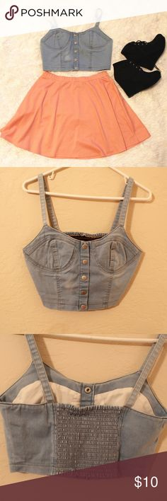 WOMENS DENIM CROP TOP stretches some in the back. perfect condition Forever 21 Tops Crop Tops
