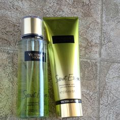 Shop Women's Victoria's Secret Green Gold size OS Makeup at a discounted price at Poshmark. Description: Victoria secret secret escape fragance mist 250 ml and fragance lotion 236 ml. Sold by pichocrow. Fast delivery, full service customer support.
