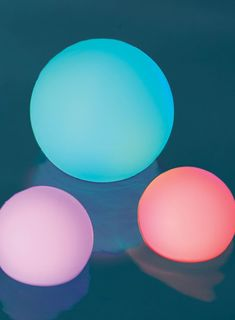 Our best-selling Glow Balls are now available in a set of three, combining our most popular sizes. With these globes glowing in the garden, along the deck or in the pool, summer entertaining becomes a brilliant affair. Gentle LED light diffuses from within these free-floating orbs with static white, a static color or continually changing colors for a magical effect. Made of durable and waterproof polyethylene.