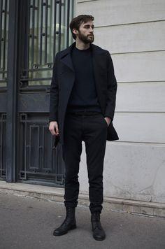 manteau BG ouvert - pantalon en laine - combat boots