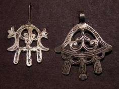 Collector – Toya Erickson – Ethnic Jewels Magazine