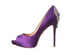 Zapato de color morado y plata :)
