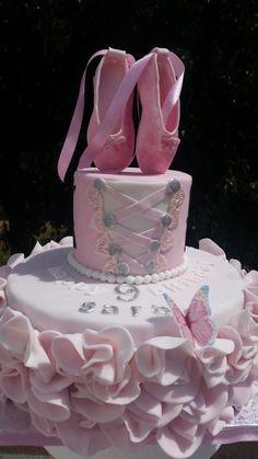 Ballerina cake - Cake by Vanillaskycakes5