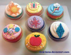 Cutie Mark Cupcakes-my little pony party Teddy Bear Birthday, My Little Pony Birthday Party, My Little Pony Cupcakes, Princesa Celestia, Mlp, My Little Pony Dolls, Singing Happy Birthday, Cute Cakes, Birthday Ideas