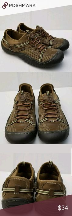 J-41 Adventure Jeep WATER READY SHOES Womens 6 J-41 Adventure Jeep WATER READY SLIP ON SHOES  Womens 6 M  Brown Hunter Green  These shoes were worn one time and not in water. They are still in like new condition  Non smoking home jeep Shoes