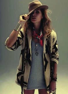 Erin Wasson. #style #moda #fashion #people #models #hats #sombreros #boho