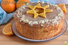 Chiffon cake all'arancia glassata: ricetta ciambella all'arancia sofficissima Chiffon Cake, Biscotti, Tiramisu, Ethnic Recipes, Food, Essen, Meals, Tiramisu Cake, Yemek