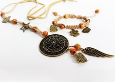 Macrame bracelet and necklace. Boho by totesBOHO Hippie Jewelry, Macrame Bracelets, Glass Bottles, Bracelet Watch, Miniatures, Jewellery, Boho, Trending Outfits, Unique Jewelry