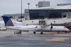United_Express_DHC-8-400_Dash_8Q;_N338NG@BOS;12.10.2011_625ds_(6301302837).jpg 2,688×1,800 pixels