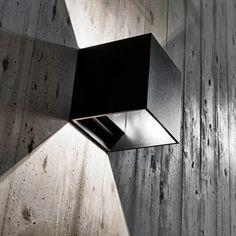 Applique murale contemporaine / carrée / en aluminium DICE PROLICHT GmbH
