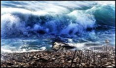 5 noiembrie – Ziua de conștientizare a fenomenului Tsunami - Glasul.info Tsunami, Google Images, Waves, Content, Pictures, Outdoor, Narrow Console Table, Artists, Outdoors