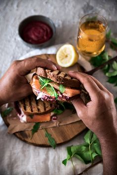 """Toast salmone, barbabietola, burrata e rucola - Dafne's Corner ...""""il Gusto"""""""