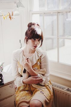 Super cute vintage whimsical outfit in Fall season