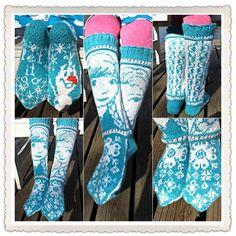 Frozen -socks ❤️ Can't find a pattern yet Intarsia Knitting, Knitting Socks, Knitting For Kids, Baby Knitting, Tapestry Crochet, Knit Crochet, Knitting Designs, Knitting Patterns, Frozen Crochet