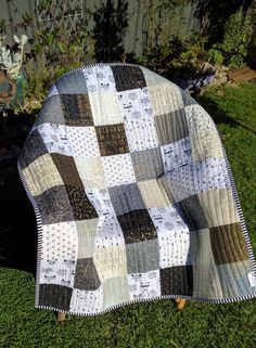 Modern Black and White with gold quilt play by morethanjustquilts