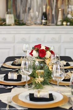 musical christmas table decor
