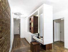 O Partywall é um móvel perfeito para apartamentos pequenos, pois aproveita o espaço de forma inteligente. Assim, você não precisa abrir mão de reunir amigo