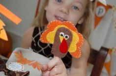 tutorial: Thanksgiving turkey finger puppets for the kids table