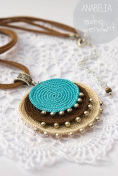 Crochet Jewelry Inspiration - Nunn Design - Boho turquoise crochet pendant by Anabelia - Crochet Diy, Love Crochet, Bead Crochet, Crochet Crafts, Crochet Flowers, Simple Crochet, Crochet Rope, Textile Jewelry, Fabric Jewelry