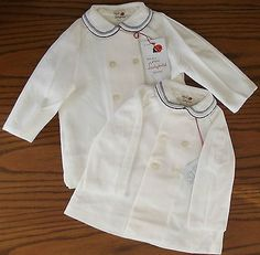 Vintage infants coat UNUSED 1960s boy girl White Buttons both ways IMPERFECT