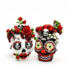 Day of the Dead Mexican Skulls. These are WAY cool!