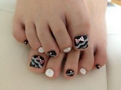 pedicure_nail_art_designs