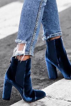 glammed velvet boots