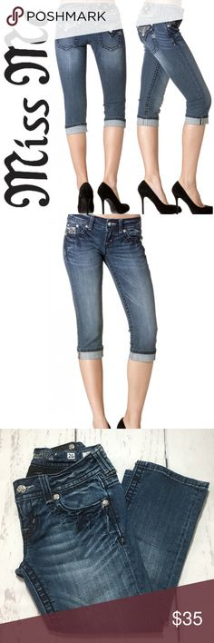 """Miss Me Wild Safari Cuffed Capri Jeans ✔️98% Cotton•2% Elastane ✔️Uncuffed Length: 22"""" approx. ✔️No Holes, Stains or Damages Miss Me Jeans"""