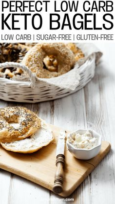 Best low carb keto everything bagels recipe These breakfast keto bagels are gluten free and sugar free. Learn how to make these tasty & healthy low carb bagels today! Keto Bagels, Low Carb Bagels, Low Carb Keto, Diabetic Breakfast Recipes, Quick Keto Breakfast, Low Carb Vegetarian Recipes, Keto Recipes, Breakfast Gravy, Breakfast Ideas