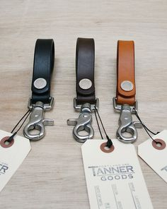 tanner good lanyard from the mohawk general store Leather Key Holder, Leather Keychain, Leather Wallet, Leather Bag, Wallet Pattern, Leather Pieces, Leather Projects, Small Leather Goods, Leather Fabric
