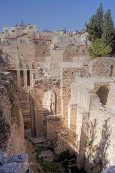 Pool of Bethesda, Jerusalem, Israel JEWS/SHIAS/SUNNIS http://www.tanvirhusain.net/2014/07/jewsshiassunnis.html