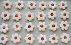 Fursecuri Linzer cu Gem - Desert De Casa - Maria Popa Cakes, Desserts, Food, Tailgate Desserts, Deserts, Essen, Cake, Dessert, Pastries