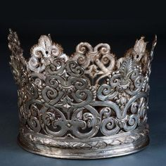 Crown, Portugal (ca 1550; silver).