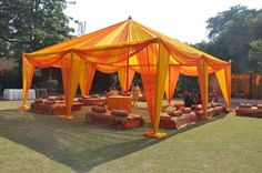 New wedding indian sangeet beautiful Ideas Desi Wedding Decor, Wedding Mandap, Indian Wedding Decorations, Wedding Stage, Tent Wedding, Wedding Ideas, Wedding Props, Indian Weddings, Summer Wedding