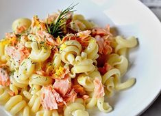 Citronové těstoviny s koprem a uzeným lososem Pasta Salad, Cooking, Ethnic Recipes, Fitness, Blog, Diet, Lemon, Crab Pasta Salad, Kitchen
