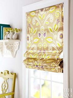 Roman shades are ideal window treatments if you want both function and style. Create custom roman shades for your windows with our step-by-step guide. This cheap DIY project requires no sewing and can easily be done in a day. Roman shades are ide Plain Curtains, No Sew Curtains, Home Curtains, Burlap Curtains, Gypsy Curtains, Curtains Living, Faux Roman Shades, Custom Roman Shades, Cheap Roman Shades