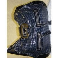 awesome Guess Navy bag Guess - Size: M - Blue - Handbag Check more at http://arropa.net/uk/accessories/product/guess-navy-bag-guess-size-m-blue-handbag/