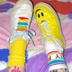 Indie Photography, Estilo Indie, Indie Kids, Chuck Taylor Sneakers, Aesthetic Clothes, Cute Outfits, My Style, Aesthetics, Moonflower