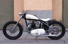 Old School Bobber Motorcycles | Bobber Motorcycle Seats and Motorcycle Saddles