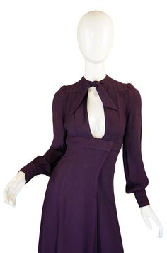Purple wrap dress, Ossie Clark, On a woman with cleavage, this would stop traffic! 1970s Clothing, Vintage Clothing, Vintage Dresses, Vintage Outfits, 70s Fashion, Vintage Fashion, Ossie Clark, Ladies Day Dresses, Wrap Dress