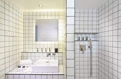 Discover the Boutique Collection rooms of La Maison Champs Elysees, a stylish hotel in the elegant district of Paris. Boutique Hotel Paris, Bath Design, Bathtub, Modern, Martin Margiela, Bathroom Ideas, Bathrooms, Sticker, Interiors