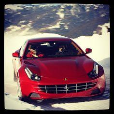 Cool Ferrari FF drifting in the snow